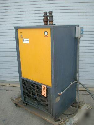 Refrigerated Zeks Refrigerated Air Dryer