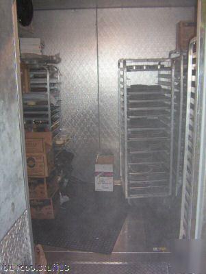 Arctic 7 glass door walk in cooler with 9 x 13 freezer for Door 4 montpellier walk
