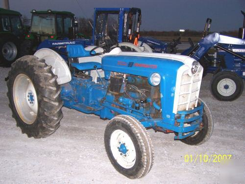 801 Ford Tractor : Ford powermaster tractor compare to n