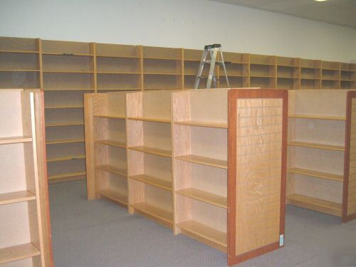 Major Chain Bookstore Bookshelves Display Bookcases