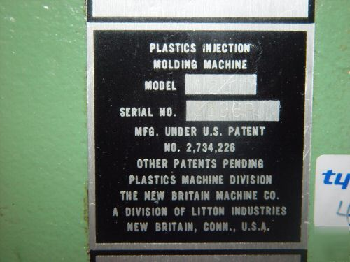 New britain 125 ton vertical plastic injection molding